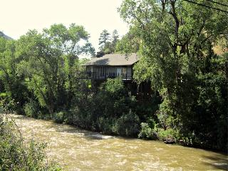 Old Snowmass-2 bedroom cottage on the river - First Choice Properties & Management, Inc.