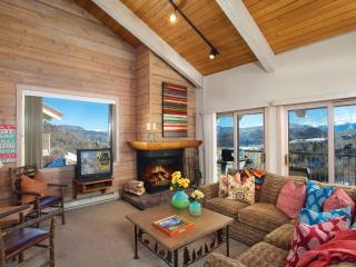 Snowmass Mountain- deluxe 3 bedroom + loft - First Choice Properties & Management, Inc.