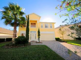 Vacation homes close to Orlando attractions! - Starmark Vacation Homes