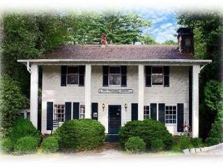 Chambers Realty & Vacation Rentals - Image