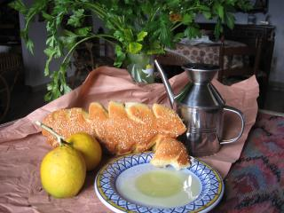 Fresh bread and extra virgin olive oil from Balestrate - Concetta Viviano