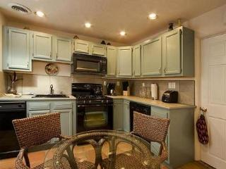 Casita B - Fully Equipped Kitchens - Mary Ann Kaye