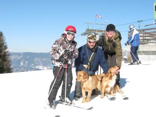 Kate and Brett Bedford with their Nephew Oli and their 2 dogs Lupa and Ruby having fun in the snow at Cerkno - Kate Bedford