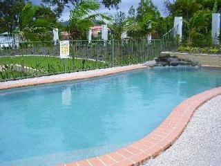 Fully fenced pool area child proof gate very well maintained - Lorraine & Robert Murray