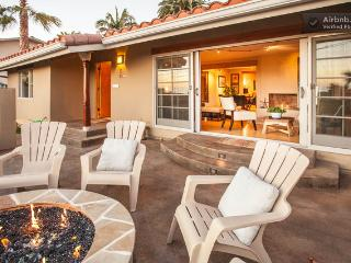Entertaining Firepit Over Looking La Jolla and Pacific Beach Views, Super Open Concept. - Laura Christine