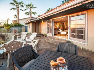 Entertainment Ocean VIEW Patio with Dinning Table, Chairs and Lounge Chairs on Grass Portion - Laura Christine