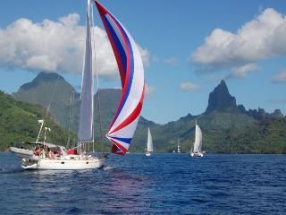 Our sailboat in the South Pacific - O. Nerr