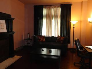 East End 1st Floor Apt on Busline - Pittsburgh vacation rentals