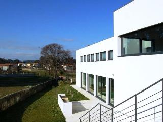 Villa AMORE - Stuning with indoor pool near Oporto - Vila do Conde vacation rentals