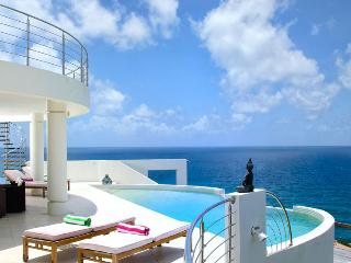 St. Martin Villa 177 Luxurious Ocean View Villa Where You Will See All The Hues Of The Blue Sky And Ocean. - Terres Basses vacation rentals