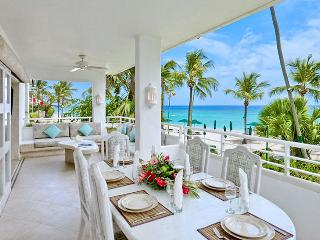 Barbados Villa 183 An Enviable Position Right On The Beach, Offering Amazing Views Of The Idyllic Coastline And Turquoise Caribb - Terres Basses vacation rentals