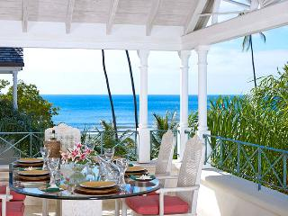 Barbados Villa 182 This Well-appointed Two-storey Penthouse Apartment Offers An Idyllic Beachfront Living Experience. - Terres Basses vacation rentals