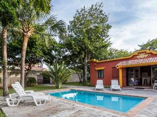 Las Palmas - Convenient to Town, Large Yard and Pool, Three Bedroom Home - Cozumel vacation rentals