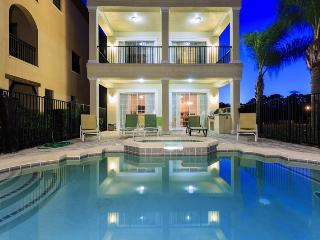 **September Special** Reunion Palace - 8 Bed, 7 bath with 2 Game Rooms Luxury Reunion Villa - Four Corners vacation rentals
