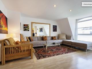 Two bedroom and two bathroom apartment in Notting Hill - London vacation rentals