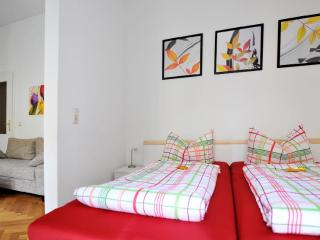 Vacation Apartment in Leipzig - 4521 sqft, centrally located, breakfast available, stylishly decorated… - Leipzig vacation rentals