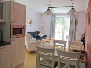 LLAG Luxury Vacation Apartment in Wiesenburg - 646 sqft, tranquil, quiet, comfortable (# 5180) - Brandenburg vacation rentals