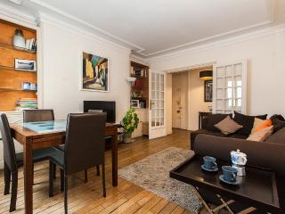 Charming 2BR, close Arc of triumph - P17 - Paris vacation rentals