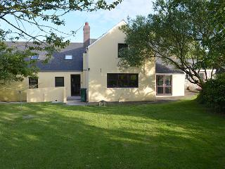 Pet Friendly Farmhouse - Penrhiw, Nr Newgale - Newgale vacation rentals