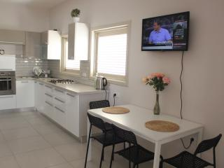 Short term apartment in Netanya - Israel vacation rentals
