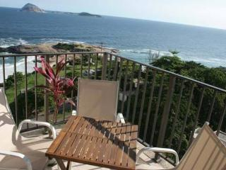 2 Bedroom with Amazing Ocean Views - Ipanema vacation rentals