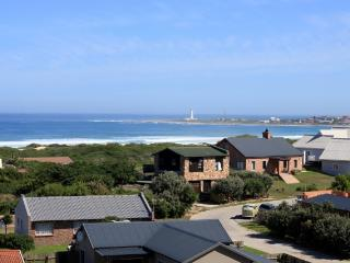 Cape St Francis Modern. FREE Wifi. Beautiful views - Cape Saint Francis vacation rentals