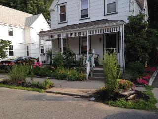 3 Bedroom + loft, den, 2 bath and gardens! Near colleges, walk to commuter rail - Newton vacation rentals