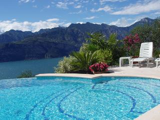Mansarda 2, 2 bedroom, Sleeps 6, Terrace - Malcesine vacation rentals