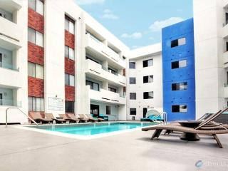 Chateau DeLux Apartment VIII. at Grove up to 8 - Los Angeles vacation rentals