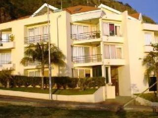 Apartment in Madeira with sea view for 4  people near the beach - PT-1079283-Ponta do Sol / Madalena do Mar - Madeira vacation rentals