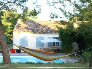 House for rent in the middle of Provence, Lubéron - Gargas vacation rentals