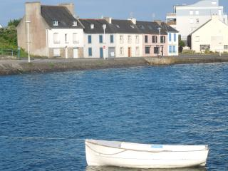 A family home at the heart of Finistère, with an exceptional view of the sea and the harbour - Brittany vacation rentals