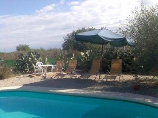 In Benicarlo, family-friendly country house with pool and large garden - Valencia Province vacation rentals