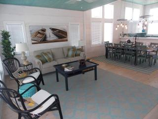 Brew Lagoon, new 5 bd home with private pool - Port Aransas vacation rentals