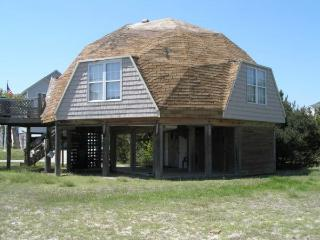 Beach Bungalow 200yards to private beach - Nags Head vacation rentals