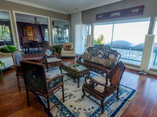 Mansion on top of hill luxurious & elegant - San Leandro vacation rentals