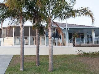 Anchor and Fish Holiday Rental Port Macquarie - Port Macquarie vacation rentals