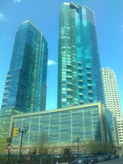 LUXURY STUDIO in 77 HUDSON !!!  ( NYC / Jersey City Waterfront ) - Greater New York Area vacation rentals