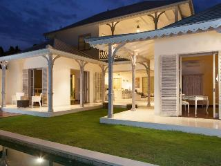 Cinta 2, Luxury 3 Bed Villa,Seminyak - Seminyak vacation rentals