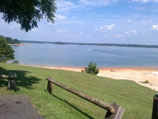 Lakeside Cove 1bedroom 1 bath - Gainesville vacation rentals
