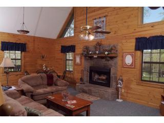 Large 3 Bedroom Cabin in the Smoky Mountains - Wears Valley vacation rentals
