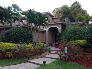 Awesome Home Near Polo Fields In Wellington FL - Wellington vacation rentals