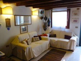 Jacopo Like a Little 1 Bedroom House - Venice vacation rentals