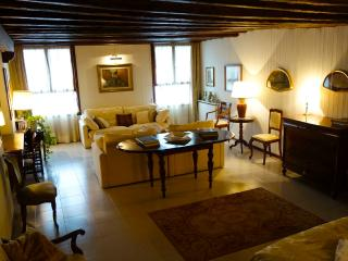Maddalena Romantic with Gran Canal View - Venice vacation rentals