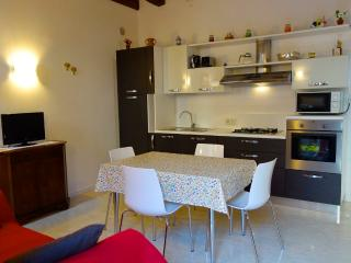 Elise Court Private & New 2 Bedrooms - Venice vacation rentals