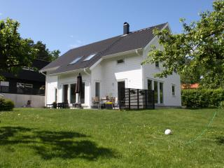 House/Villa 10 km from Stockholm City (Danderyd) - Stockholm County vacation rentals