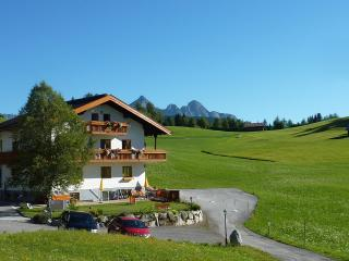 Luxury 2-bedroom apartment with sauna - Seefeld In Tirol vacation rentals