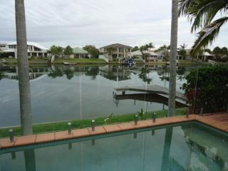 North Facing Waterfront with Jetty in Noosa Waters - Noosaville vacation rentals