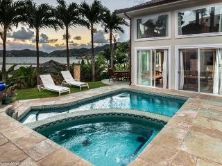 Sea Breeze House-4bd, waterfront w, pool, hot tub - Kaneohe vacation rentals