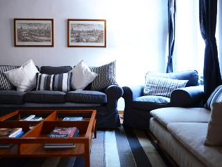 Saint Peter's apartment - Rome vacation rentals